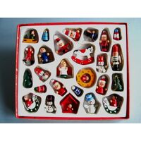 Traditional German Decorations 26 Set