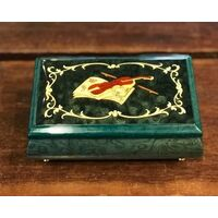 GREEN WOODEN MUSICAL JEWELLERY BOX WITH VIOLIN INLAY TUNE MAGIC FLUTE