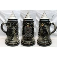 Coat of Arms in Pewter with Flags .5lt - King - 455/SZ