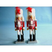 Nut Cracker - Soldier Red with White Fess Hat 25cm - Breitner - 73-2359
