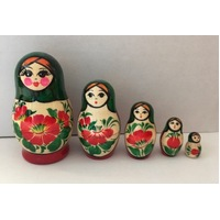 Kirov Russian Nesting Dolls 5 Set With Green Scarf & Red Dress 9cm