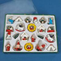 Traditional German Christmas Decorations 22 Piece Set